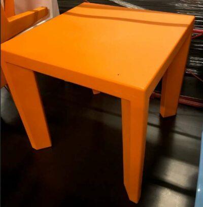 TABLE MEDIUM GINO ORANGE